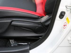 2016款1.6L 自动俊酷型 座椅调节