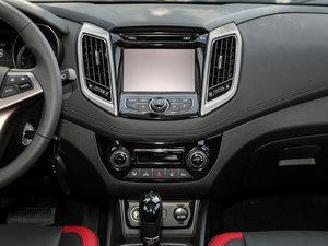 2016款1.6L 自动俊酷型 中控台