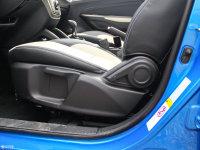空间座椅长安CS35座椅调节