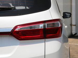 2017款1.6L 手动精英型 尾灯