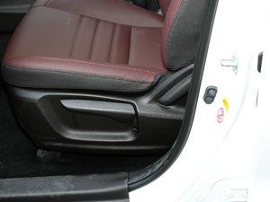 2017款1.6L 手动精英型 座椅调节