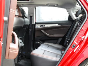2018款1.6L GDI 自动尊尚型 后排空间