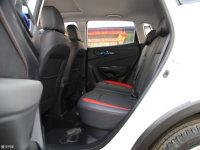 空间座椅长安CS15后排空间