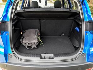 2018款350i 行李厢空间