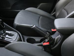 2018款1.5L DCT尊贵型 驻车制动器