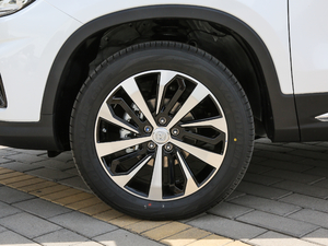 2018款280T 自动领智型 轮胎