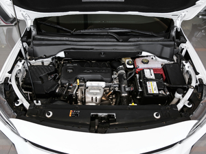 2018款530T 自动劲享版 5+2款 发动机