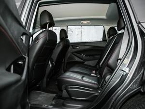 2018款Redline 530T 自动耀享版 5+2款 后排空间