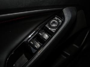 2018款Redline 530T 自动耀享版 5+2款 车窗控制