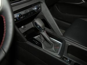 2018款Redline 530T 自动耀享版 5+2款 变速挡杆