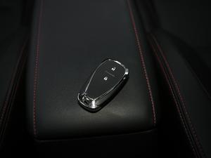 2018款Redline 530T 自动耀享版 5+2款 钥匙
