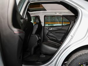 2019款Redline 550T 自动四驱拓界版RS 后排空间