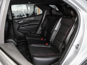 2019款Redline 550T 自动四驱拓界版RS 后排座椅