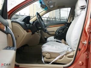 2009款1.4SE 自动 前排空间