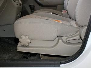 2010款1.6L 手动魅动版 座椅调节