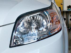 2010款1.6L 手动魅动版 头灯