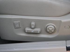 2013款1.8 SX自动豪华版  座椅调节