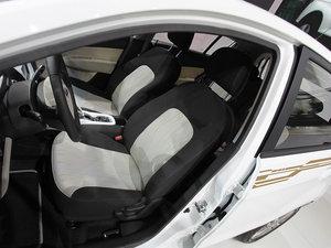 2013款电动车 空间座椅