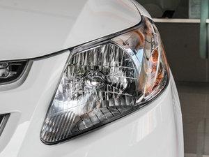 2013款1.2L EMT理想版 头灯