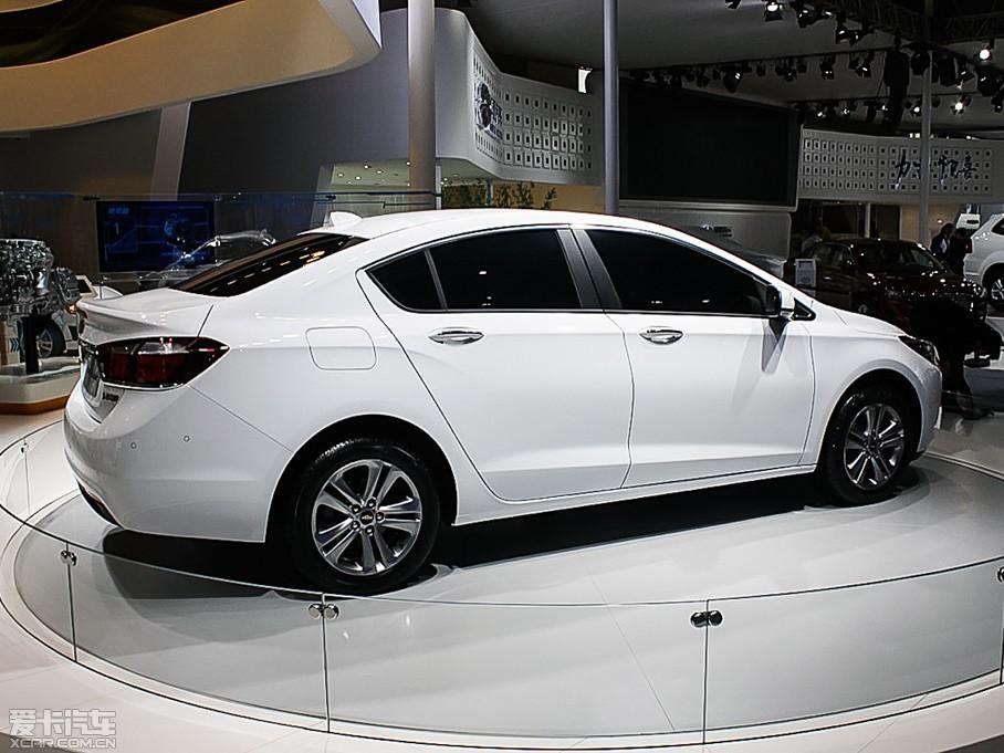 2015款科鲁兹三厢 经典版 1.5L 自动SE