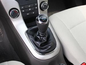 2015款经典版 1.5L 手动SL 变速挡杆