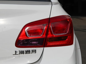 2015款经典版 1.5L 手动SE 尾灯