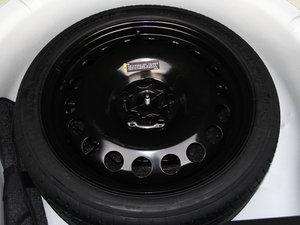 2015款经典版 1.5L 手动SE 备胎
