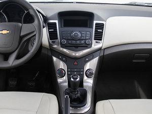 2015款经典版 1.5L 手动SE 中控台