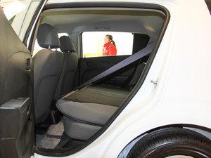 2014款1.4L 手动舒适版 后排座椅放倒