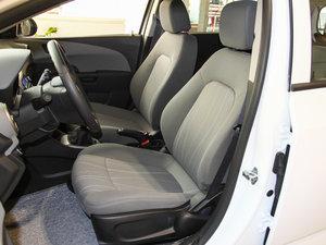 2014款1.4L 手动舒适版 前排座椅