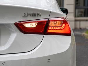2016款1.8L CVT锐尊版 尾灯