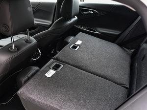 2016款1.8L CVT锐尊版 后排座椅放倒