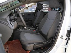 2017款1.4T DCG先锋天窗版 前排座椅