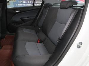 2017款1.4T DCG先锋天窗版 后排座椅