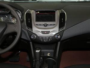 2017款1.4T DCG先锋天窗版 中控台