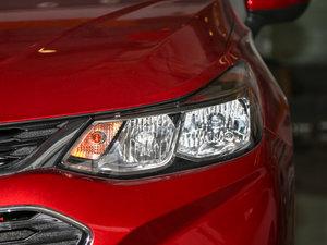 2017款1.5L 自动先锋天窗版 头灯