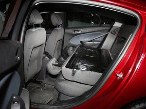 2017款1.5L 自动先锋天窗版 后排座椅放倒