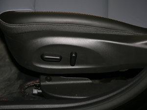 2017款1.4T 创:战纪定制版 座椅调节