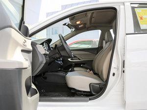 2016款赛欧3 1.3L 手动舒适版 天窗 前排空间
