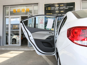 2016款赛欧3 1.3L 手动舒适版 天窗 后车门