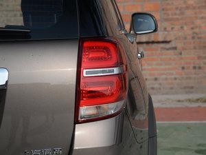 2017款2.4L 自动两驱豪华版 7座 尾灯