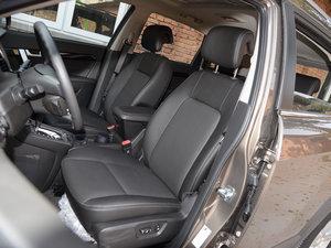 2017款2.4L 自动两驱豪华版 7座 前排座椅