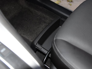 2017款2.4L 自动两驱豪华版 7座 其它