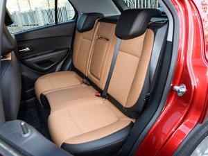 2017款1.4T 自动两驱豪华型 后排座椅