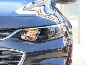 2017款1.5T 自动锐驰版 头灯