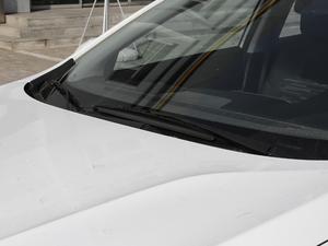 2018款320 自动欣享版 天窗 雨刷
