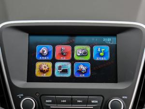 2018款325T 双离合欣悦版 中控台显示屏