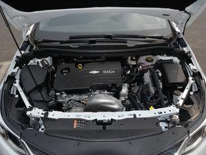 2018款320 自动先锋天窗版 发动机