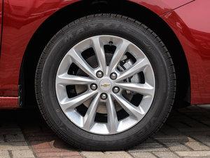 2018款320 自动炫锋都市版 轮胎