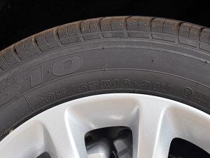 2018款320 自动炫锋都市版 轮胎尺寸